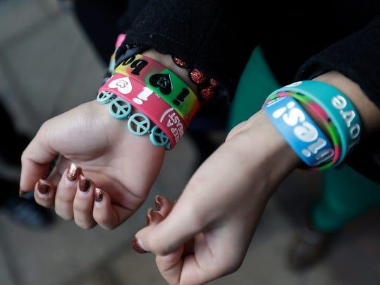 A01 NL bracelets 31