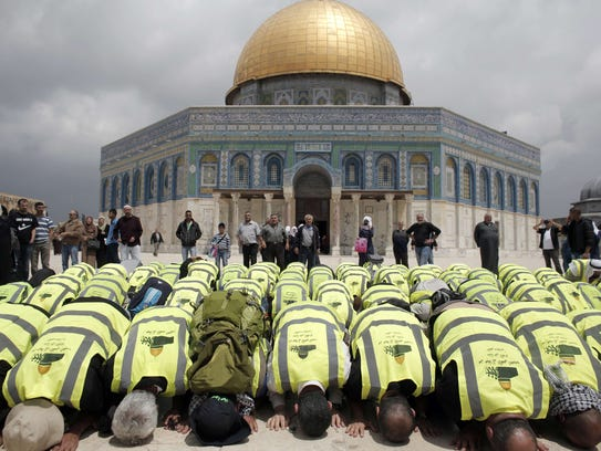 """the conflicts between the muslims and christians regarding the holy city of jerusalem Worldwide conflict why islam and the christian faith clash he is purported to have made a miraculous """"night journey to jerusalem """" and the """"seven spheres."""