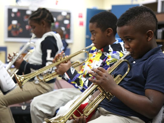 Apalachee Elementary School students practice their