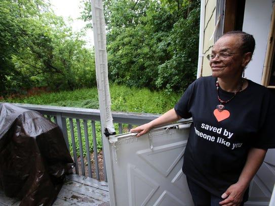 Heart transplant recipient Roxanne Watson, who was