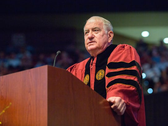 FSU baseball coach Mike Martin delivers his commencement