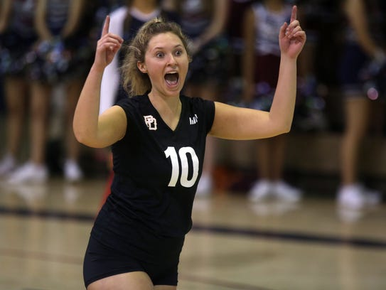 La Quinta and Palm Desert volleyball action on Thursday,