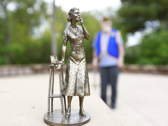 This is a miniature model of the Gold Star mother statue