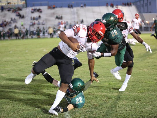 North Fort Myers' Fa'Najae Gotay runs against Island