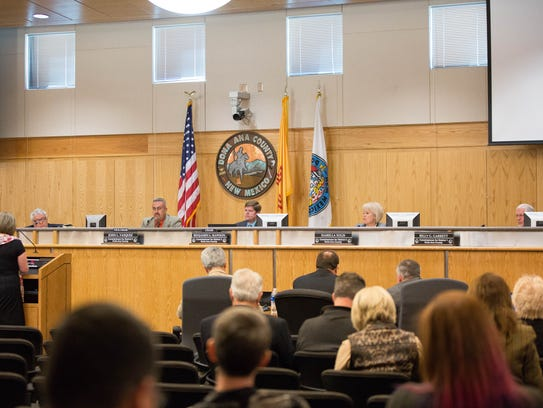 The Doña Ana County Commission listening to public comments on Thursday, January 25, 2018.