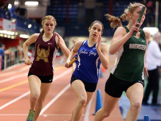 Elizabeth Urbanowicz of John Jay-East Fishkill competes