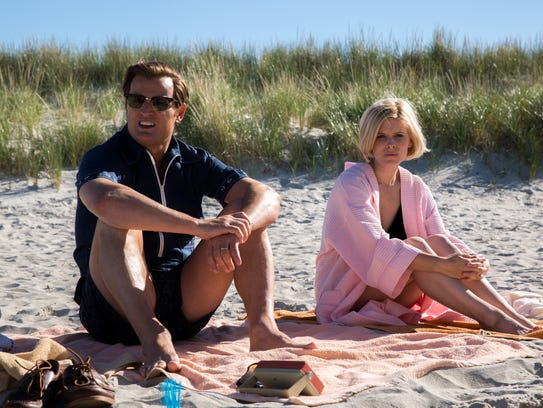 Ted Kennedy (Jason Clarke) and Mary Jo Kopechne (Kate