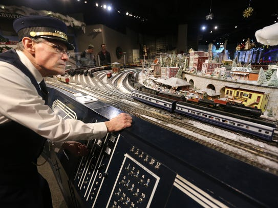 What S Going On With The Union Terminal Holiday Trains