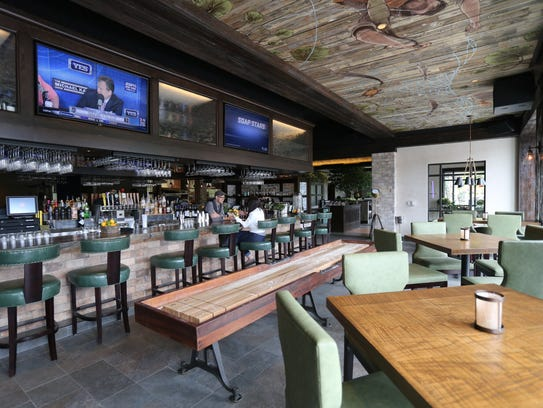 City perch kitchen bar takes date night to the next level for Food bar kitchen jkl