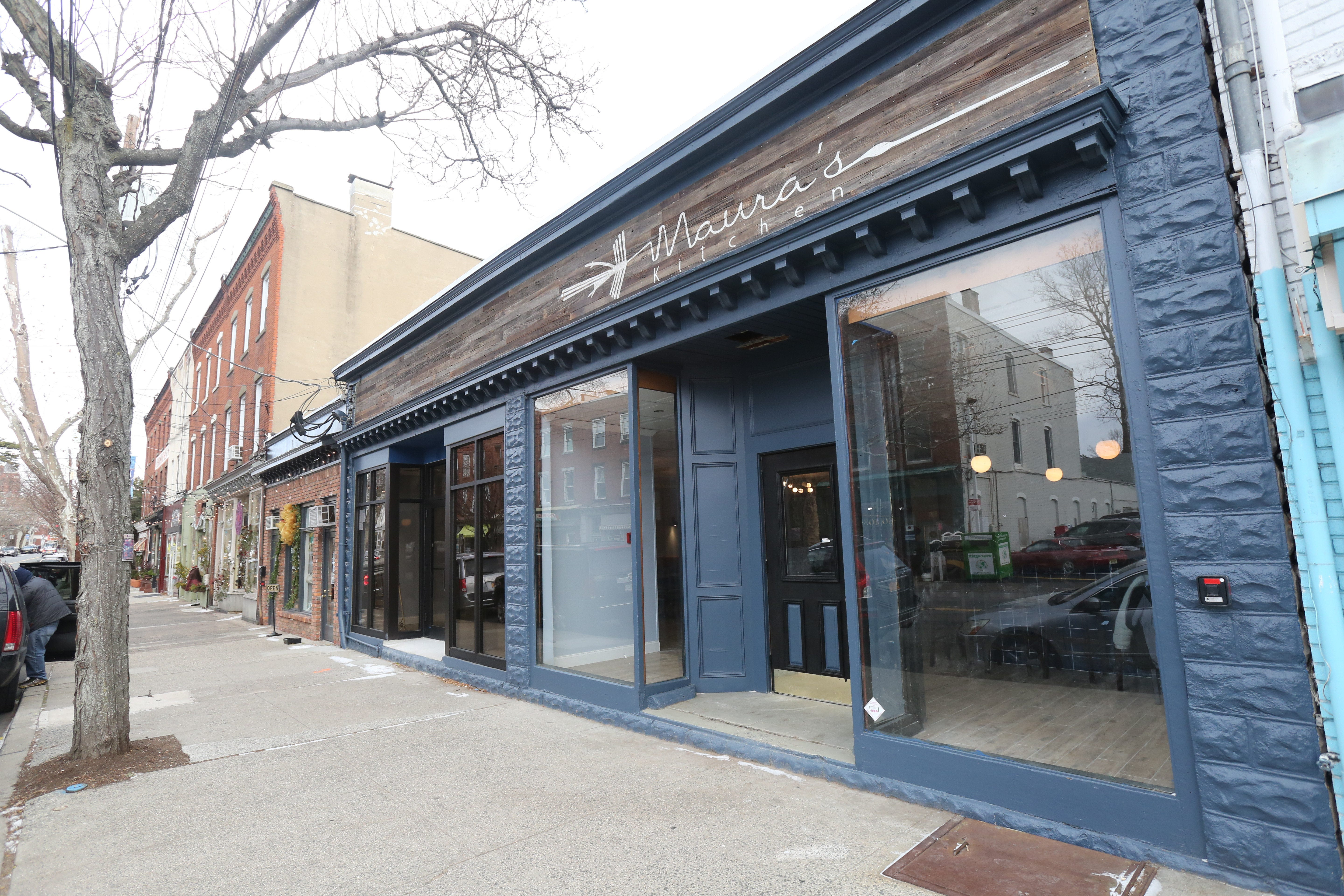 The Exterior Of Maurau0027s Kitchen On South Broadway In