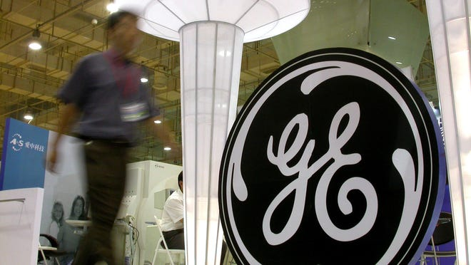 A new GE headquarters is expected to bring as many as 2,000 jobs to southwest Ohio.