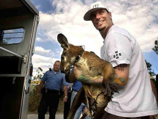 635771508429732517-famous-people-with-weird-pets-6