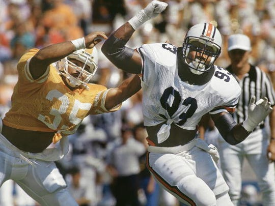 College Football: Auburn Aundray Bruce (93) in action