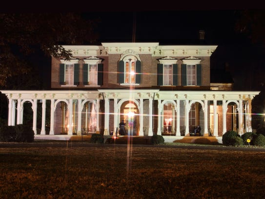 Oaklands Candlelight Tour of Homes is Dec. 5.