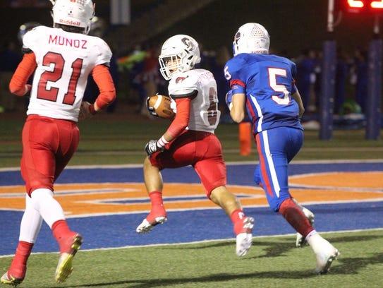 Sonora's Jarrett Jackson breaks away for a touchdown