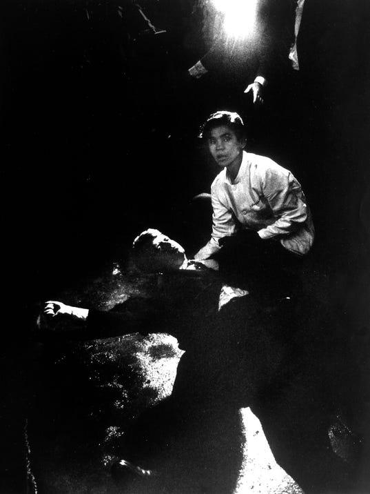 Juan Romero;Robert F. Jr. Kennedy;Robert F. Kennedy [Death]