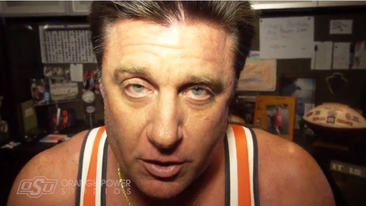 Oklahoma State Coach Mike Gundy S Mullet Returns In Brilliant Promo