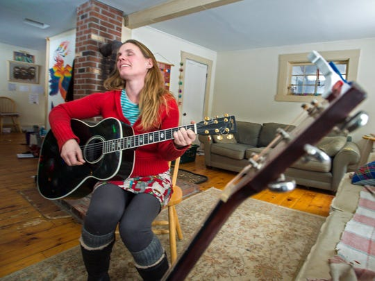 """Ariel Zevon plays music from her album """"The Detangler"""" in Worcester on Thursday, January 11, 2018."""
