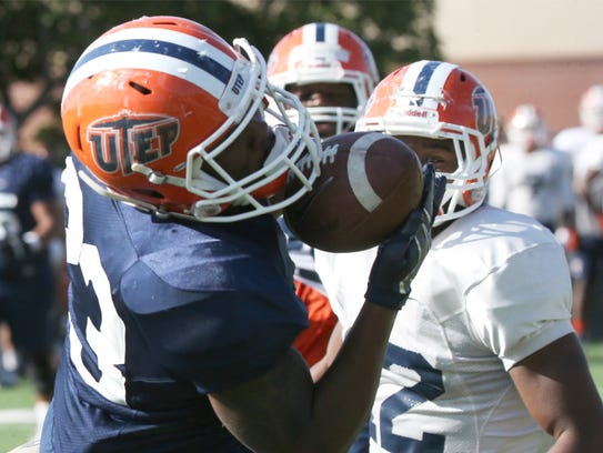 UTEP running back TK Powell, 23, catches a short pass