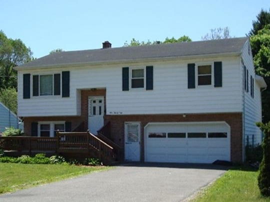 121 Lincoln Dr., Vestal was sold for $182,000 on Aug