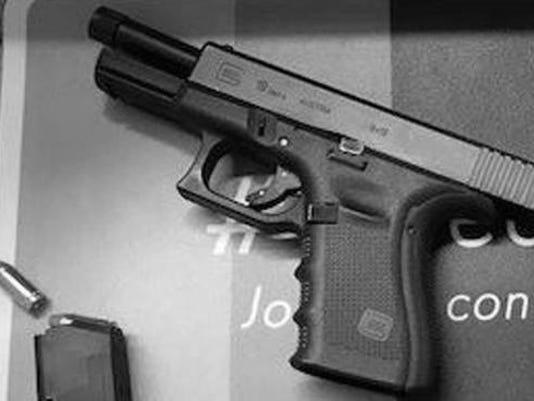 636304386681988607-gunarrestPAPD.jpg