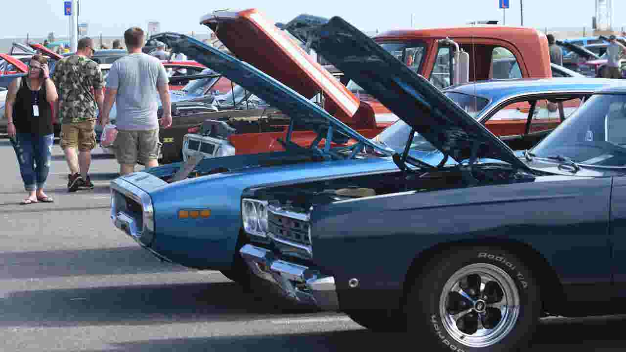 Classic Cars Roll Into Ocean City With Endless Summer Cruisin