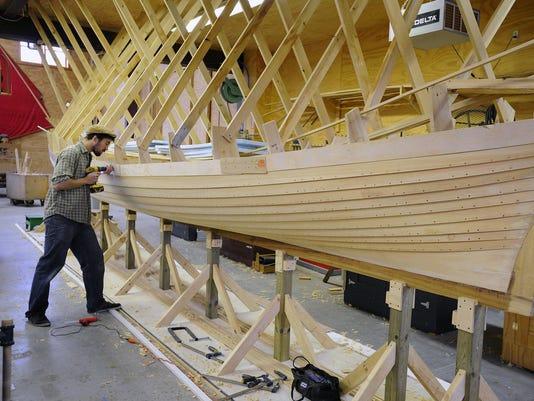 boat_building_1