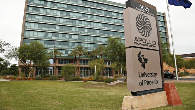 Top executives for the Apollo Education Group could divide nearly$22millionfrom the sale of the struggling company.