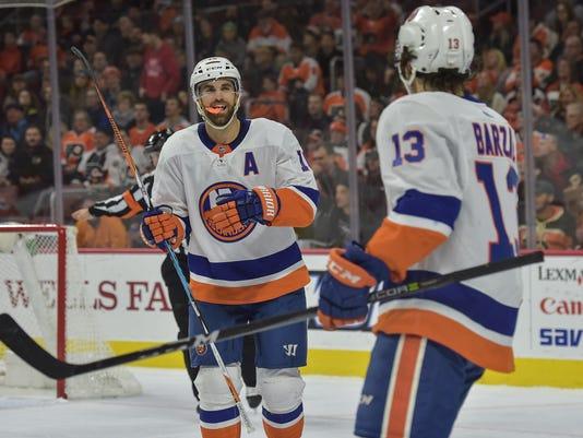NHL: New York Islanders at Philadelphia Flyers