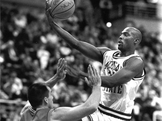 Shawn Respert frustrated the Fab Five in 1992 in Ann Arbor by consistently finding Mike Peplowski inside for a basket in the Spartans' 70-59 victory.