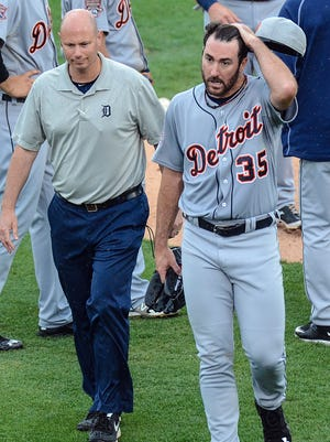 Detroit Tigers pitcher Justin Verlander (35) leaves the game against the Toronto Blue Jays on March 27, 2015.
