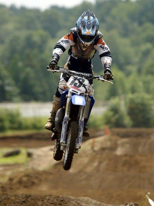 motocross 2.jpg