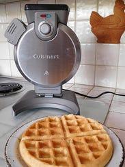 Cuisinart Vertical Waffle Maker WAF V100