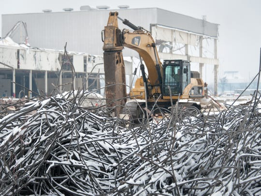 The former General Motors facilityâs 1985 building addition is âon the ground,â and 450,000 square feet of the facility has been demolished making way for new tenants at the Ontario Business Park.