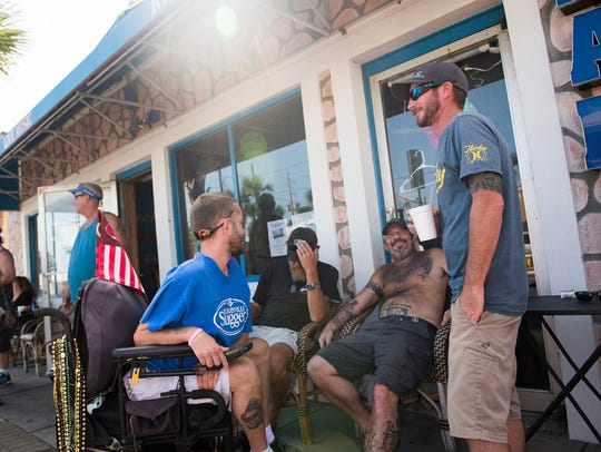 Tybee Beach residents gather at Nickie's 1971 for food
