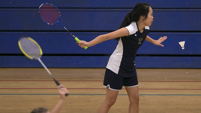 Desert Vista's Karen Guo defeated Hamilton's Dristhi Panse 11-9, 11-2 for the state badminton championship Saturday at Glendale Independence High. Guo finished the season 26-0.