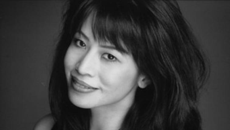 Actress Lauren Tom