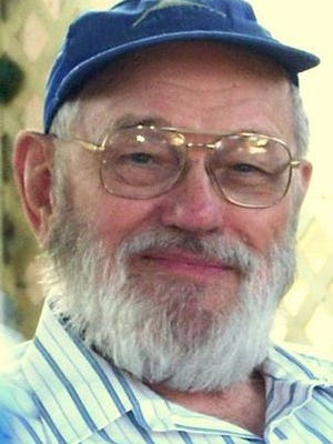Former Record Searchlight reporter John Lawson, 89, died Wednesday in Sacramento.