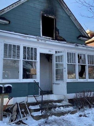 One person was injured Wednesday afternoon after a house on Maple Avenue in the city of Holland caught fire.