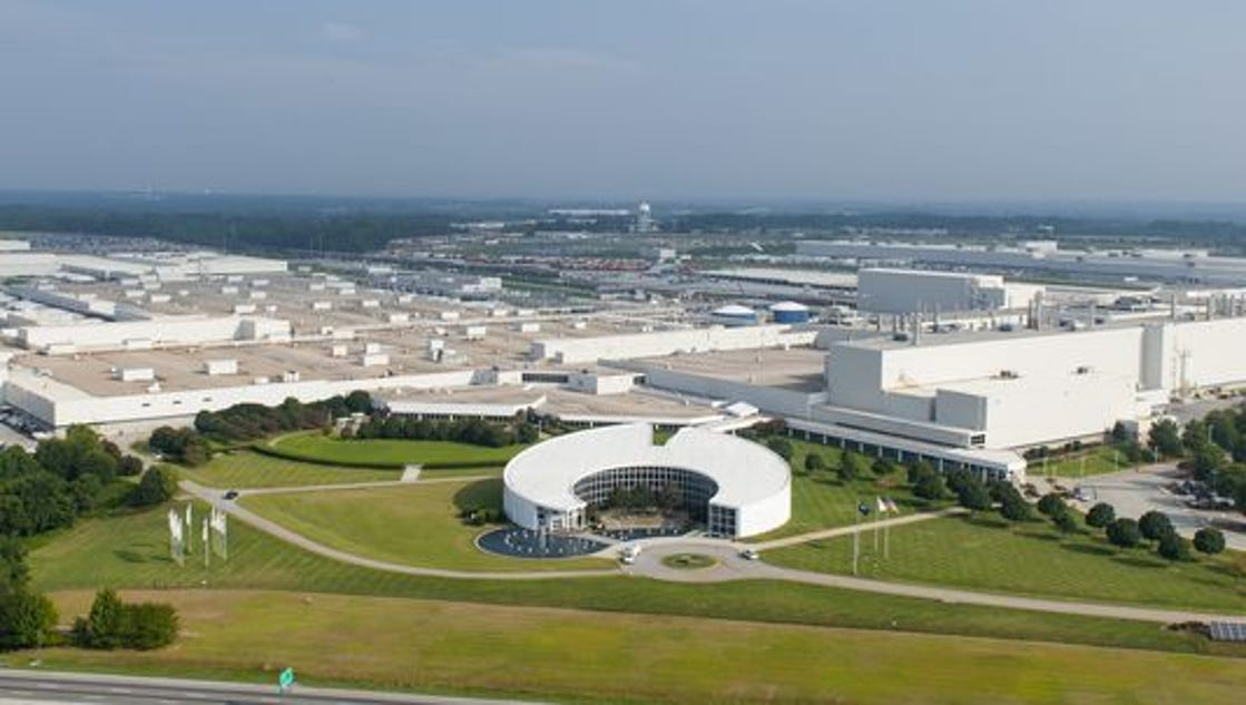 Bmw To Invest 600m Through 2021 Add 1 000 Jobs At