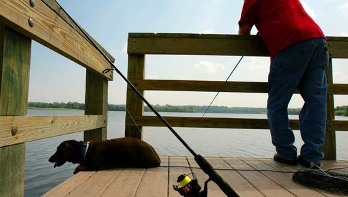 House advances revised proposal raising hunting fishing for Iowa fishing license cost