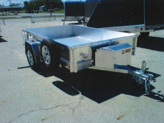 Photo of missing utility trailer.