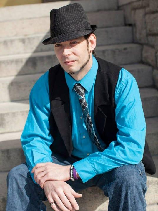-evan disney magician.jpg_20140623.jpg