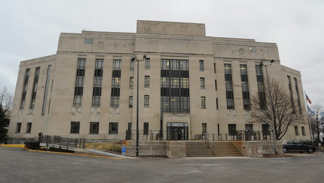 Winnebago County Courthouse, 415 Jackson St.