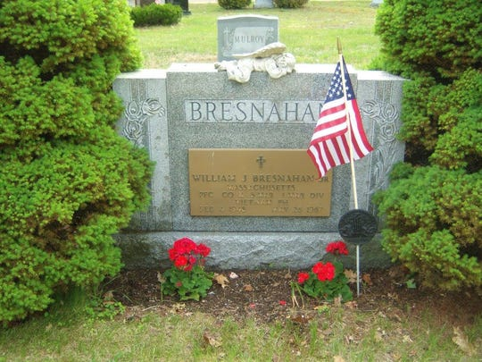 The grave of Billy Bresnahan at Saint Denis Cemetery