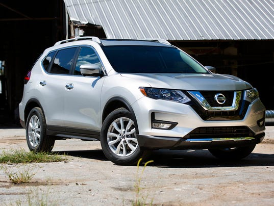 636620766869050924-MY18NissanRogue01-6.JPG