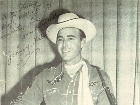 A publicity photo of Johnny Horton he signed to Billie