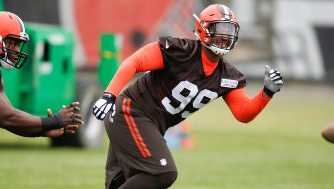 Cleveland Browns defensive tackle Caleb Brantley works through drills during an NFL football rookie minicamp, Friday, May 12, 2017, in Berea, Ohio.