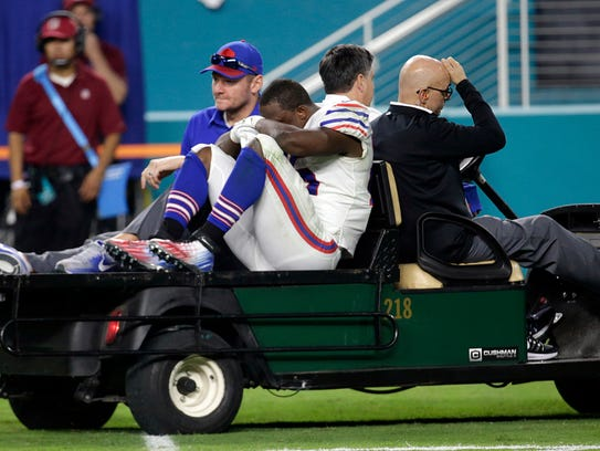 Buffalo Bills running back LeSean McCoy (25) is driven