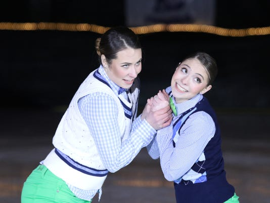 636686593103592427-RCC-7681-Senior-Duet-3-ICE-HOUSE-SKATING-ACADEMY.JPG